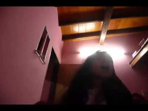 Nuria Ojeda cantando la m�sica ya te olv