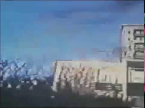 Suhl [ 2001] der Größte Wohnblock in der DDR kurz vor dem Abriss