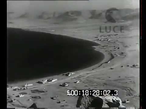 7th Bersaglieri captures Mersa Matruh. WW2 footage.
