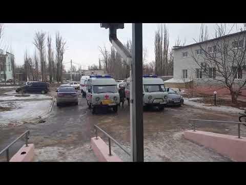 В Знаменске автолюбители перегородили дорогу скорой