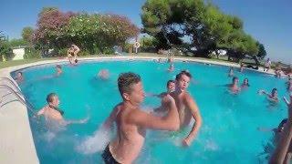 Las actividades de la piscina del Camping Las Palmeras (Tarragona)