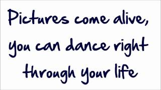 Glee - Flashdance (What A Feeling) (Lyrics) HD