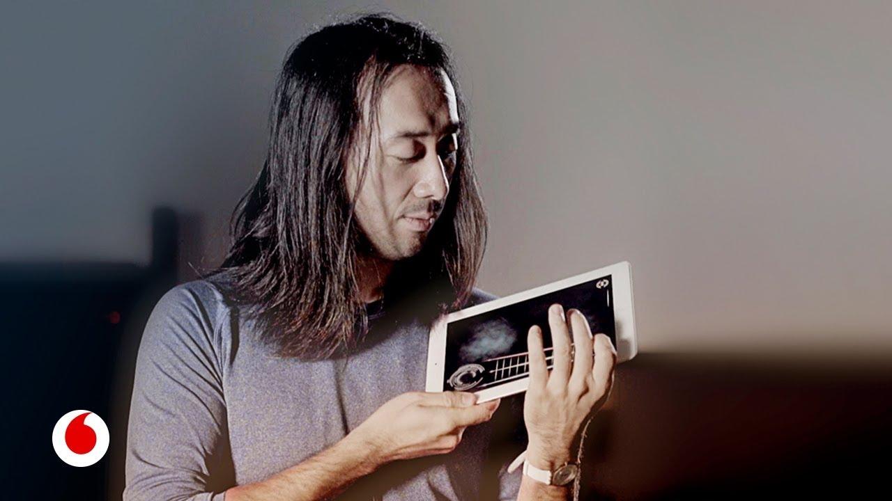 Ge Wang convierte tu móvil en una ocarina, tu tablet en un violín