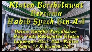Video Habib Syech Alun-Alun Klaten 18 September 2017 - Habib Syech Klaten Bersholawat 2017 download MP3, 3GP, MP4, WEBM, AVI, FLV September 2017