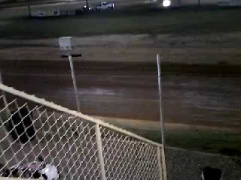 Mini Stock Hot Laps At Modoc Speedway 9 24 2016