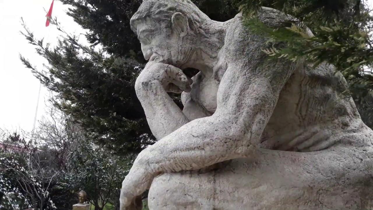 Dusunen Adam Heykeli Rodin Bakirkoy Ruh Ve Sinir Hastaliklari Hastanesi