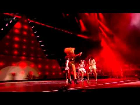 Beyonce Crazy In Love (Glastonbury 2011 HD)