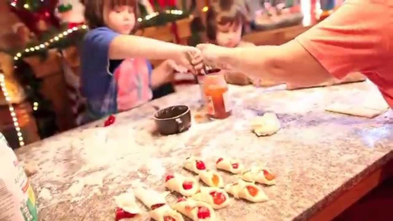Kids Baking Christmas Cookies - YouTube