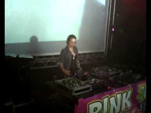 GOODSHOT present: DJ Tatana live at the espocentro the 11.10.'08