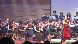 Video Perahu Kertas Live Orchestra - Maudy Ayunda download MP3, 3GP, MP4, WEBM, AVI, FLV Desember 2017