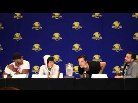 Richard Harmon's  dance move at The 100 panel at Dragoncon 2015