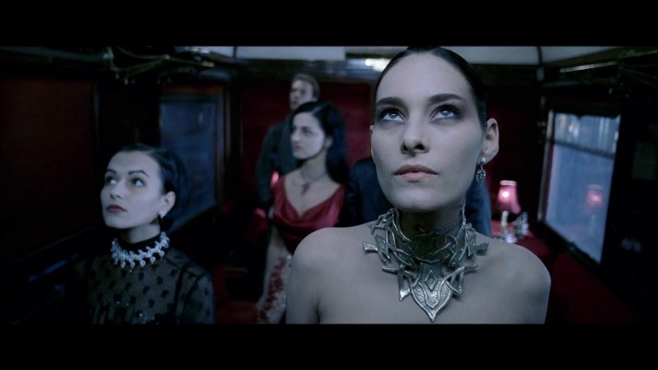 Amelia's Dress Train Scene from Underworld - YouTube Underworld Amelia