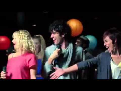 Lips Party Classics - Trailer
