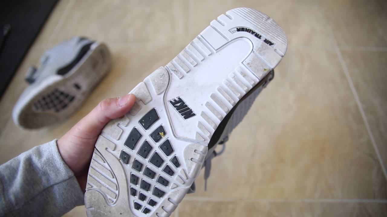 How To Clean the Bottom of your Shoes Jordan or Nike