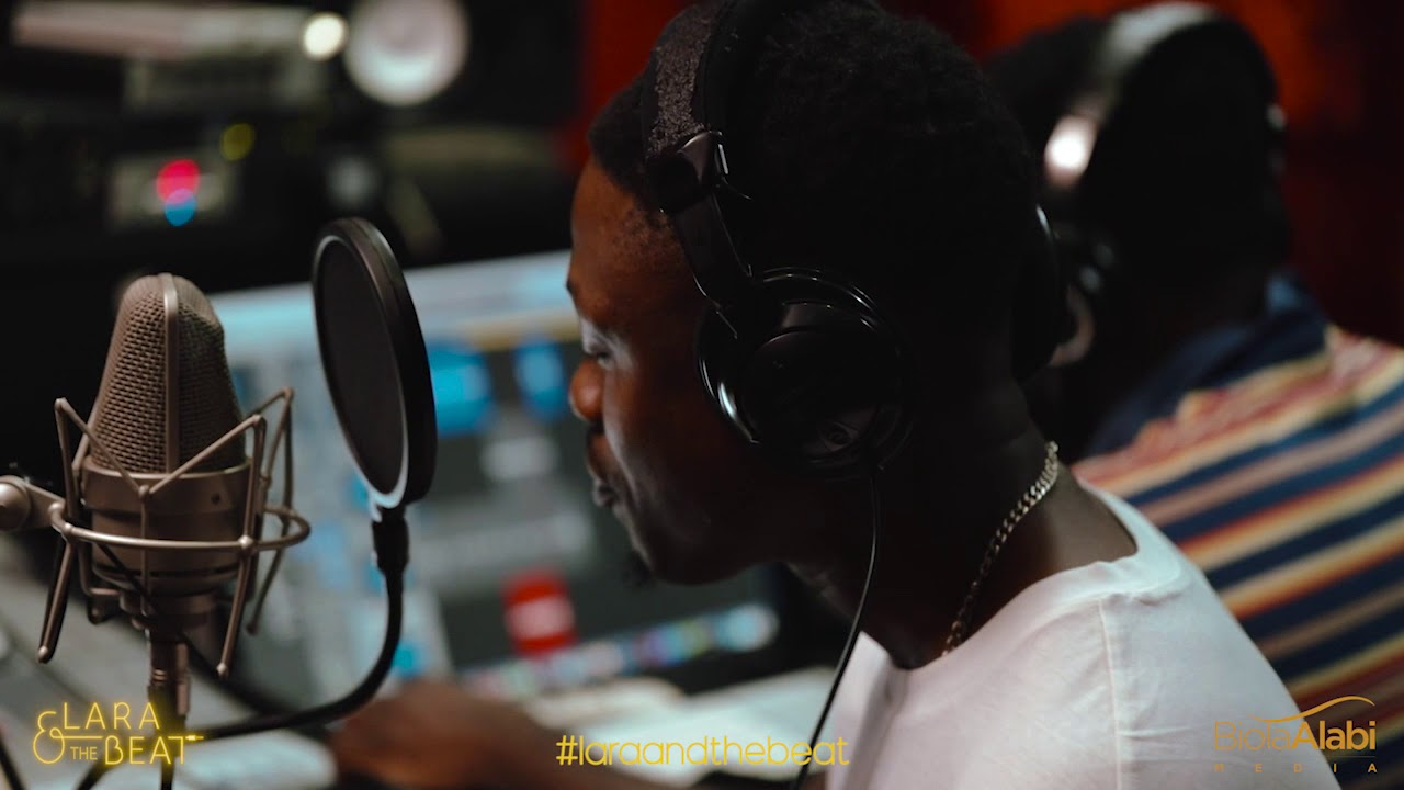 Download STUDIO SESSION -- Lara and the Beat