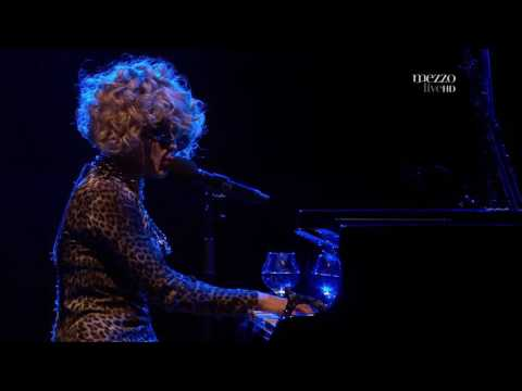 Melody Gardot Love Me Like a River Does Live