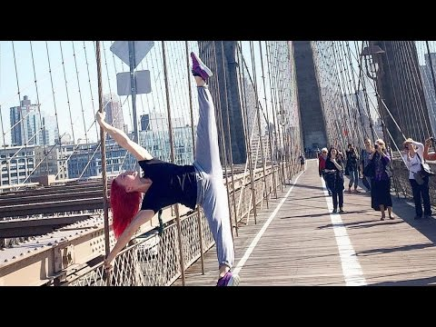 Amazing HUMAN FLAG From Girls