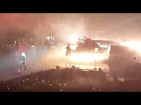 Hammer To Fall + Intro Live Queen + Adam Lambert at Arena Birmingham (NIA) 2017