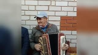 Как же красиво он играет, как же красивые татарские мелодии