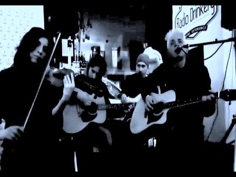 2Hurt 'See That My Grave Is Kept Clean' Acoustic at Radio Drinkery