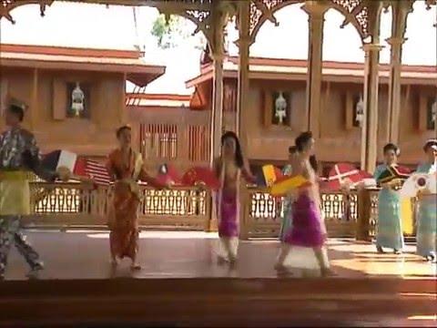 Olaf in Thailand / Episode 49: Bangkok - Wimanmek-Palast / Vimanmek Mansion (Palace) Thai Dance 7