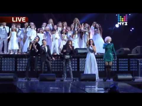 La Toya Jackson sings Michael's music in Russia - Earth Song - 2010