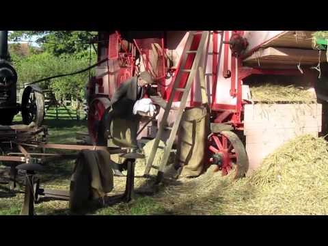 Acton Scott steam threshing 2010
