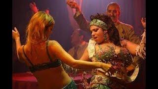 الدقة  المراكشية  المغربية  مع  أروع  جميلات  العا لم  في  رقصات  ممتعة