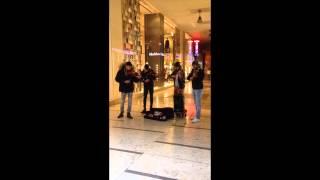 4 Violonistes - Place du Duomo, Milano 2015