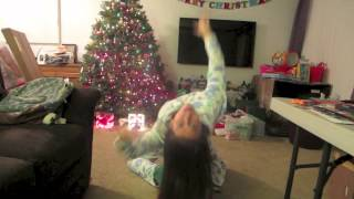 Repeat youtube video Ariana Grande - Snow in California - MUSIC VIDEO!