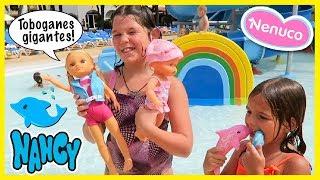 🛁 NANCY y sus DELFINES 🐬 y NENUCO Sunny 🌞 en el ACUAPARK, TOBOGANES GIGANTES y BAÑO de Espuma thumbnail