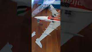 Unboxing skymarks Emirates A380
