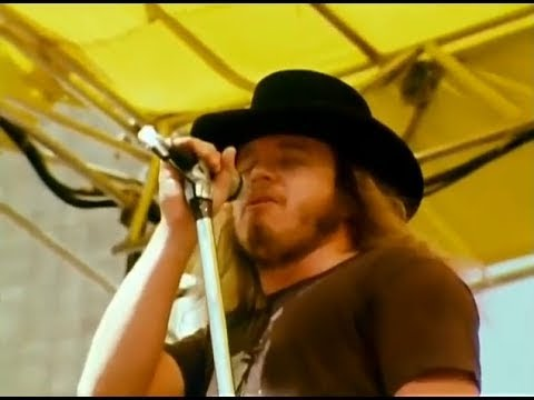 Lynyrd Skynyrd - Sweet Home Alabama - 7/2/1977 - Oakland Coliseum Stadium (Official)