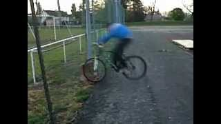 Cascade a vélo !