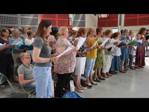 Choir of 1,000 performs specially composed piece for Norfolk show