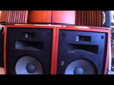klipsch-heresy-stereo-speakers-mcintosh-mc60-amplifier