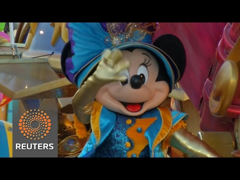 Disneyland Paris parade celebrates 25th anniversary