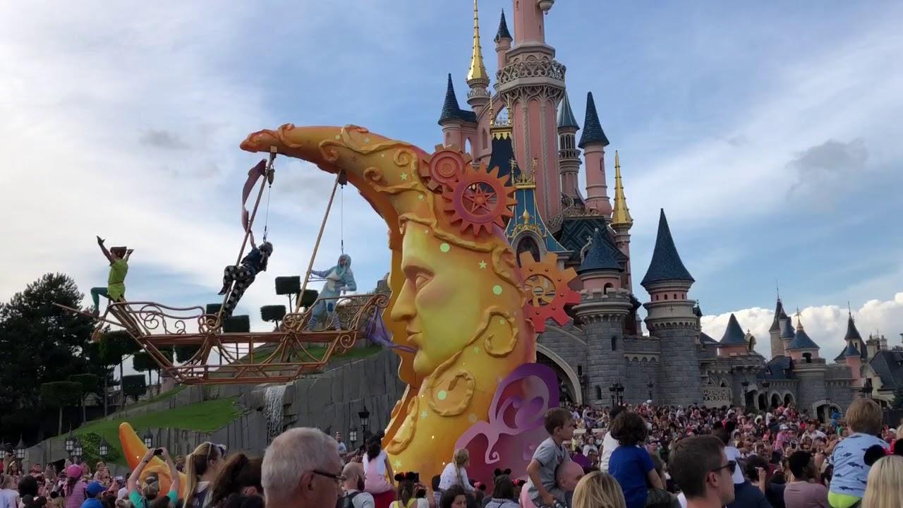 6 7 18 Disneyland Paris Parade Pt2 Youtube