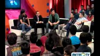 Galau Nite ( Night ) Metro Tv - 12 Mei 2012 Balapan Ke Hatimu 1.flv