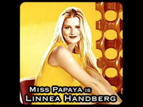 03.-MISS PAPAYA - Pink Dinosaur