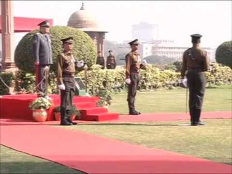 Chief of armed forces of Kazakhstan receives guard of honour in New Delhi