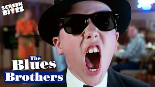 Blues Brothers (2000): Escaping the police