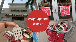 Christmas Clearance Shopping | Vlogidays 37