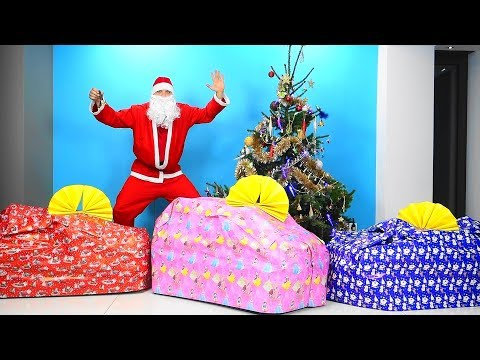 Kids Santa Claus and Giant Cars for Baby Funny videos Santa Claus is Coming