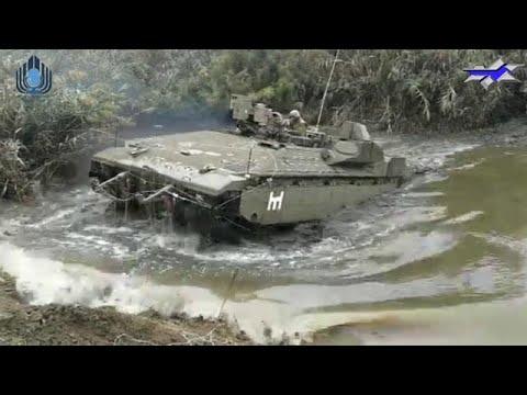"""לא עוצרים גם במים: טנקים ונגמ""""שי צה""""ל חוצים מכשולי מים עמוקים"""