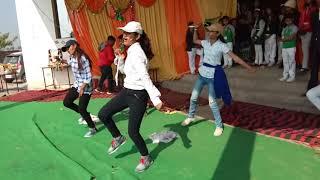 Heritage global school dawli agra chak de India dance by sanja…