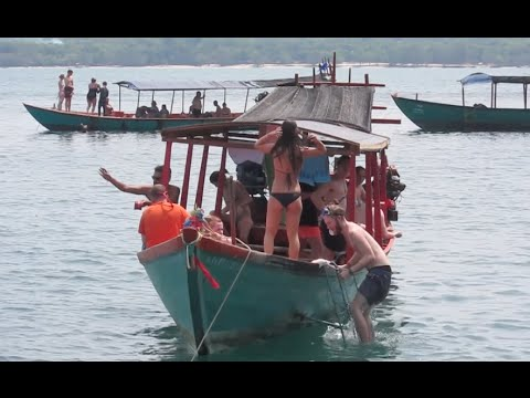 Boat Tours & Snorkeling at Sihanoukville