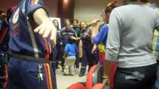 Baixar Palhaça Yoyo e Grupo Cata-Vento da Alegria - Roque Roque Roque... eu sou feliz !!!