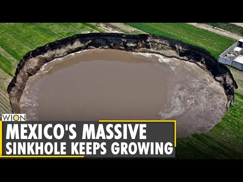 Huge sinkhole in Mexico threatens to swallow house | Mexico giant hole | Latest World English News