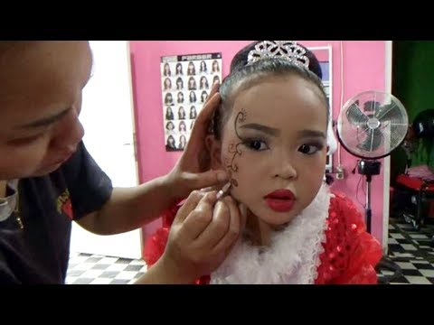 6d11799d045 Make up simple for kids to prepare carnival | makeup - child videos -  YouTube
